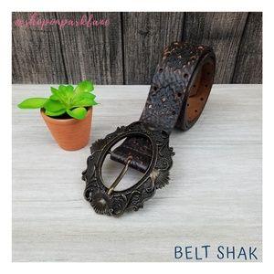 Belt Shak Scrolled Buckle Leather Belt, Small